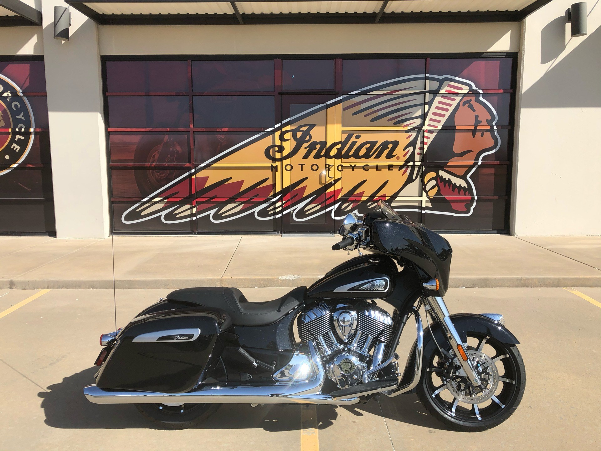 2020 Indian Chieftain® Limited in Norman, Oklahoma - Photo 1