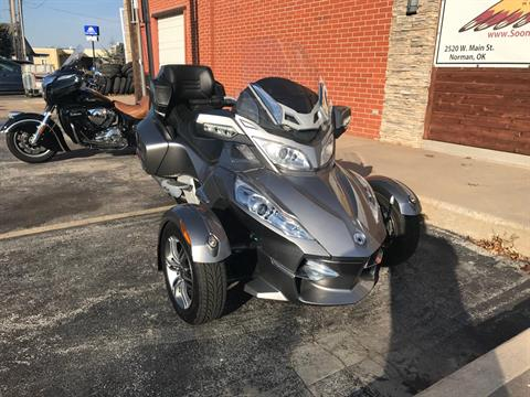 2012 Can-Am Spyder® RT-S SE5 in Norman, Oklahoma