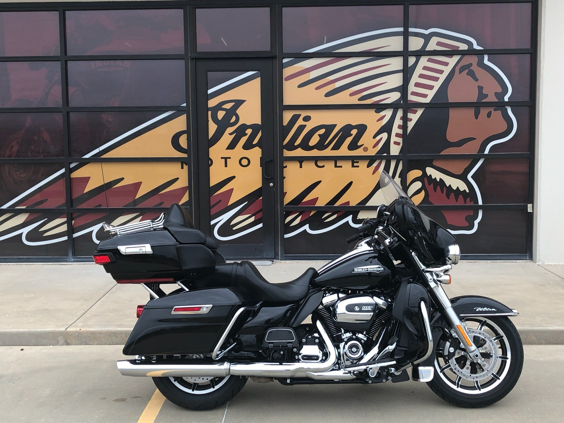 2018 Harley-Davidson Electra Glide® Ultra Classic® in Norman, Oklahoma - Photo 1