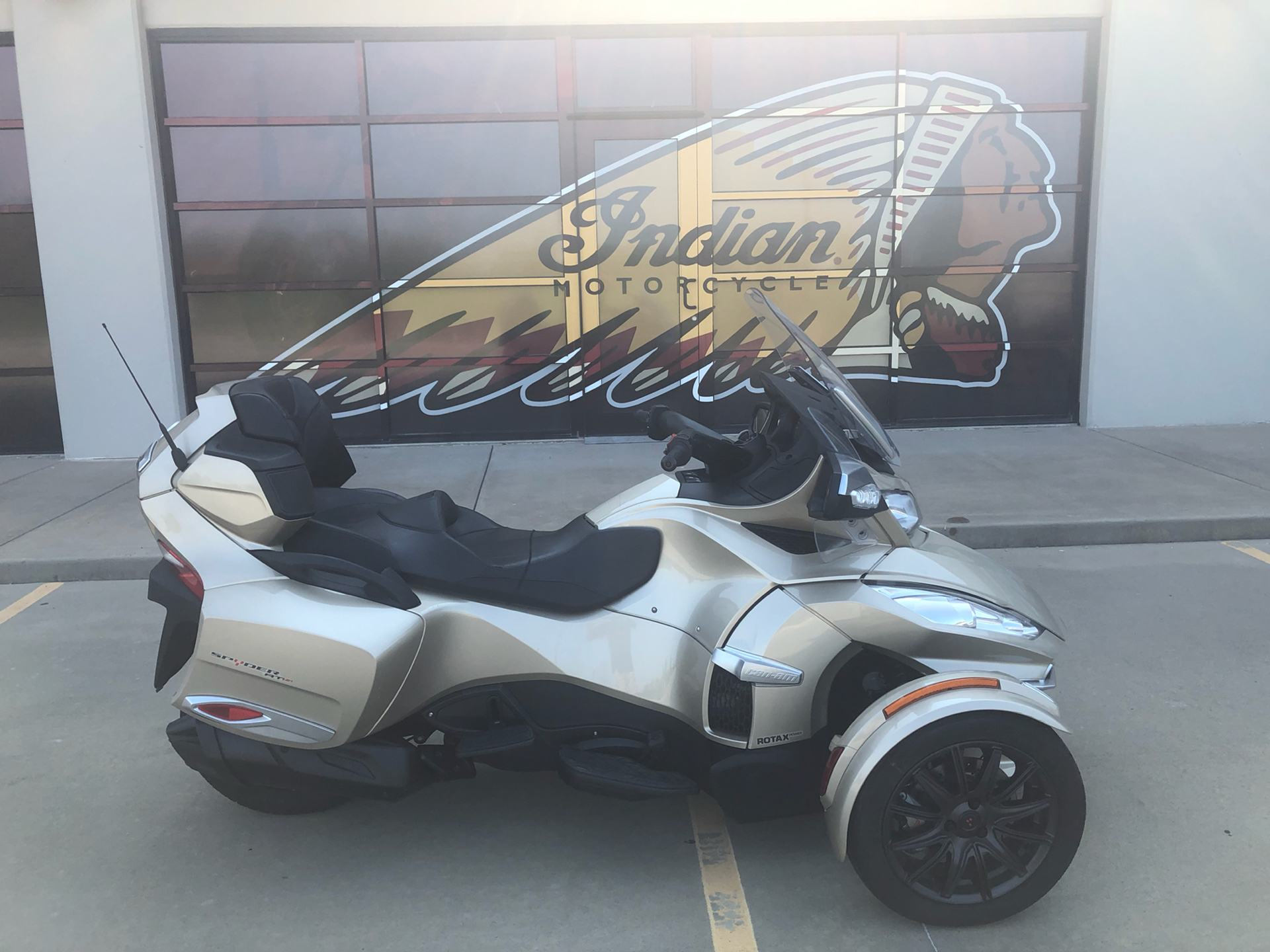2018 Can-Am Spyder RT Limited in Norman, Oklahoma - Photo 1
