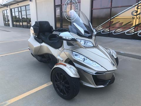 2018 Can-Am Spyder RT Limited in Norman, Oklahoma - Photo 2