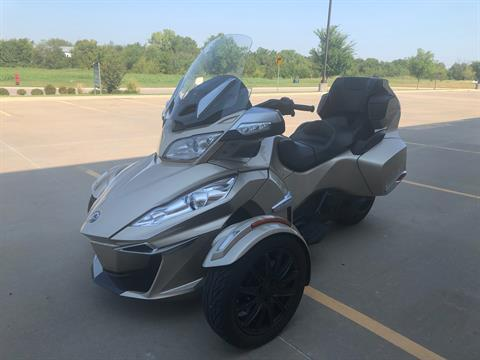 2018 Can-Am Spyder RT Limited in Norman, Oklahoma - Photo 3
