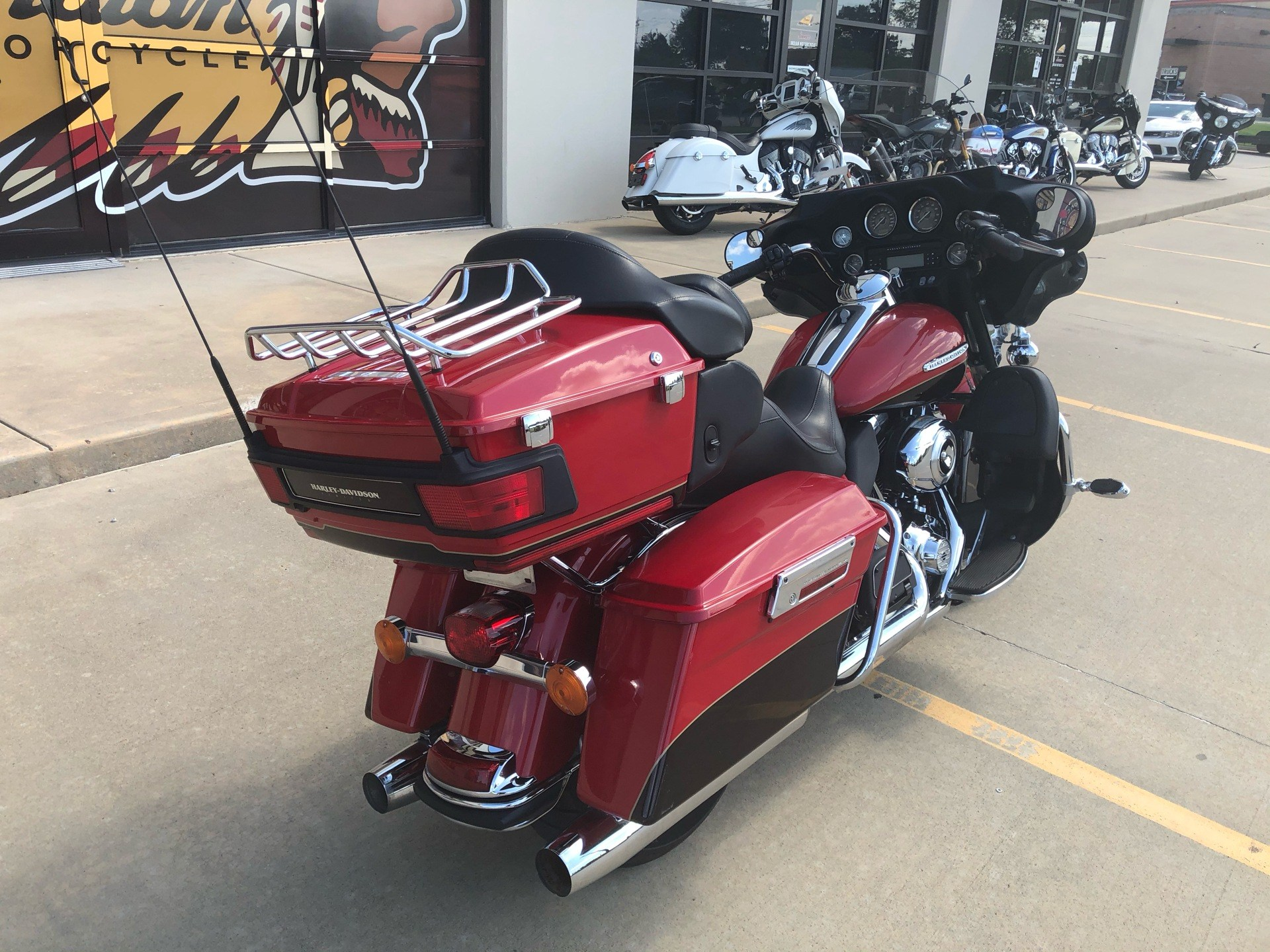 2011 Harley-Davidson Electra Glide® Ultra Limited in Norman, Oklahoma - Photo 8