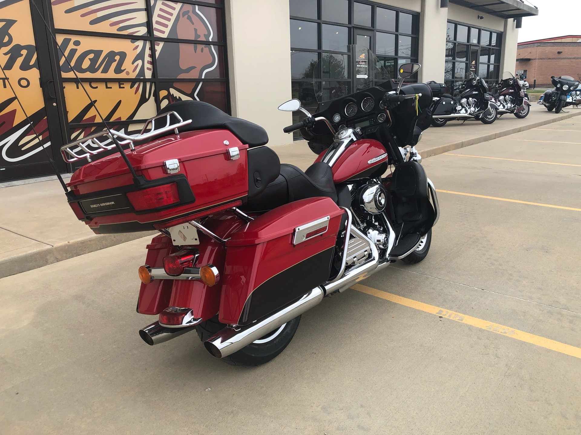 2011 Harley-Davidson Electra Glide® Ultra Limited in Norman, Oklahoma - Photo 5