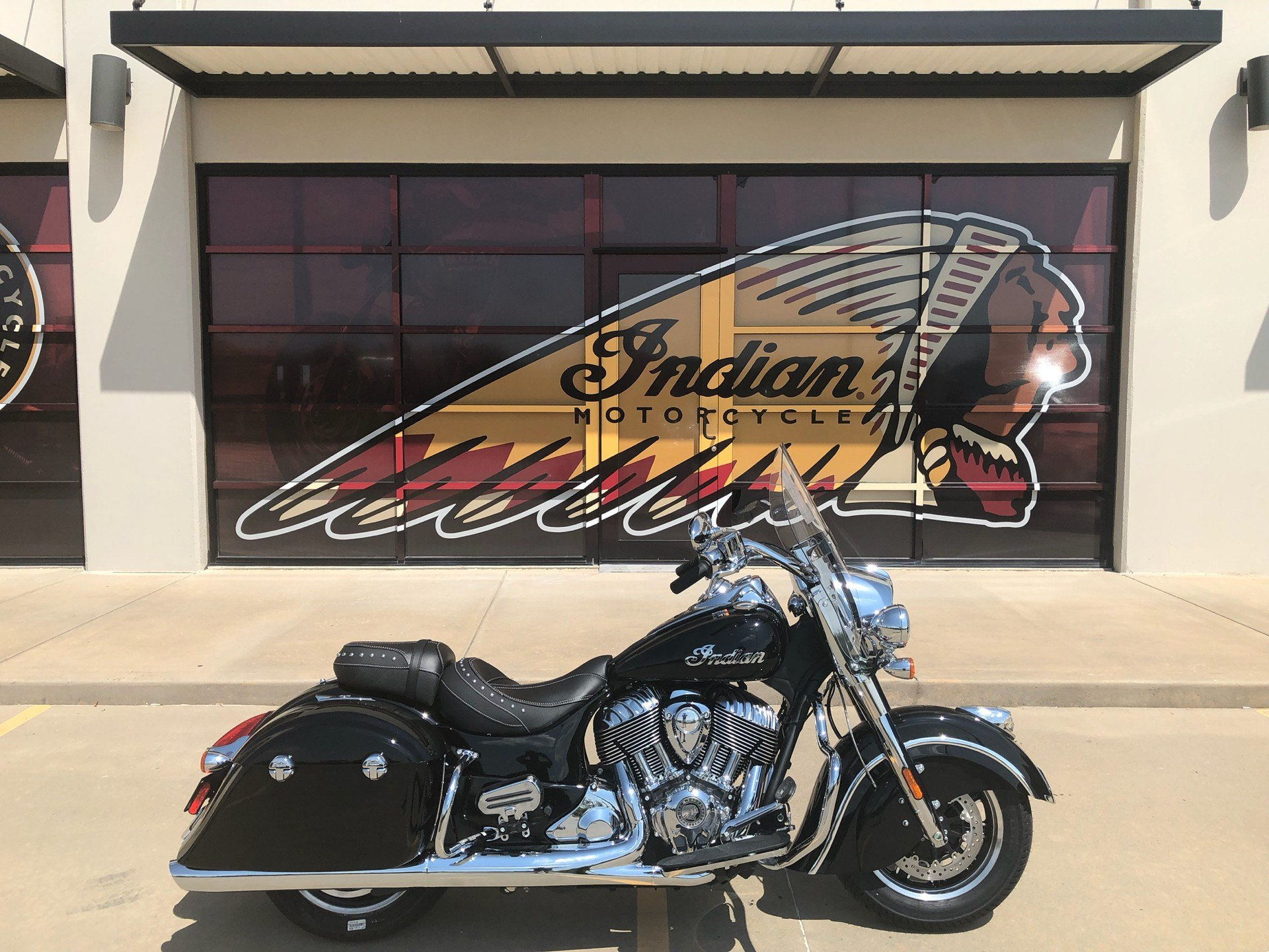 2019 Indian Springfield® ABS in Norman, Oklahoma - Photo 1