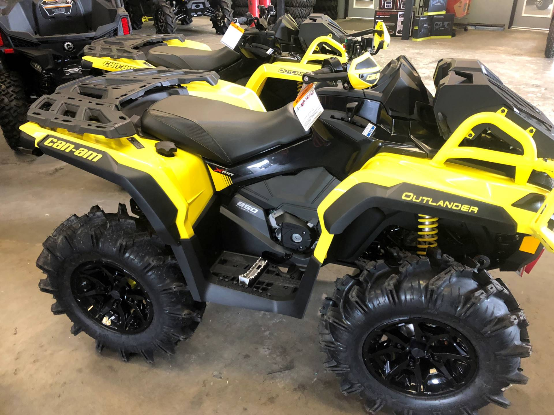 2019 Can-Am Outlander X mr 850 in Douglas, Georgia