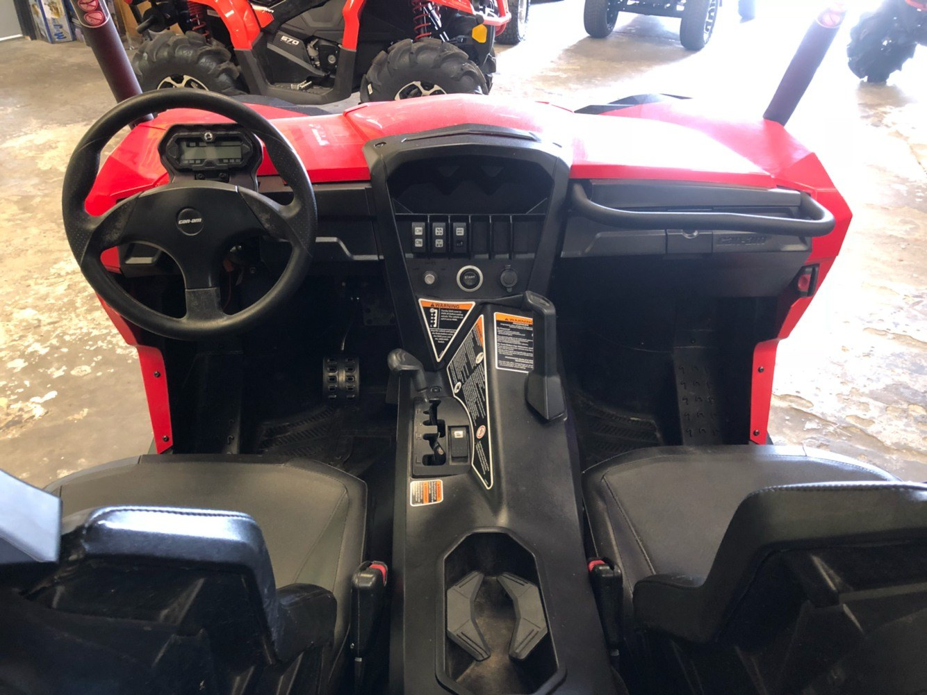 2017 Can-Am Commander 800R in Douglas, Georgia