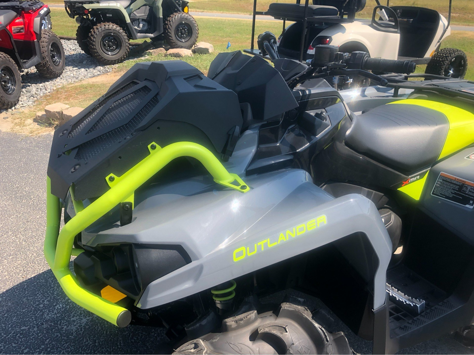 2020 Can-Am Outlander X MR 570 in Douglas, Georgia - Photo 3