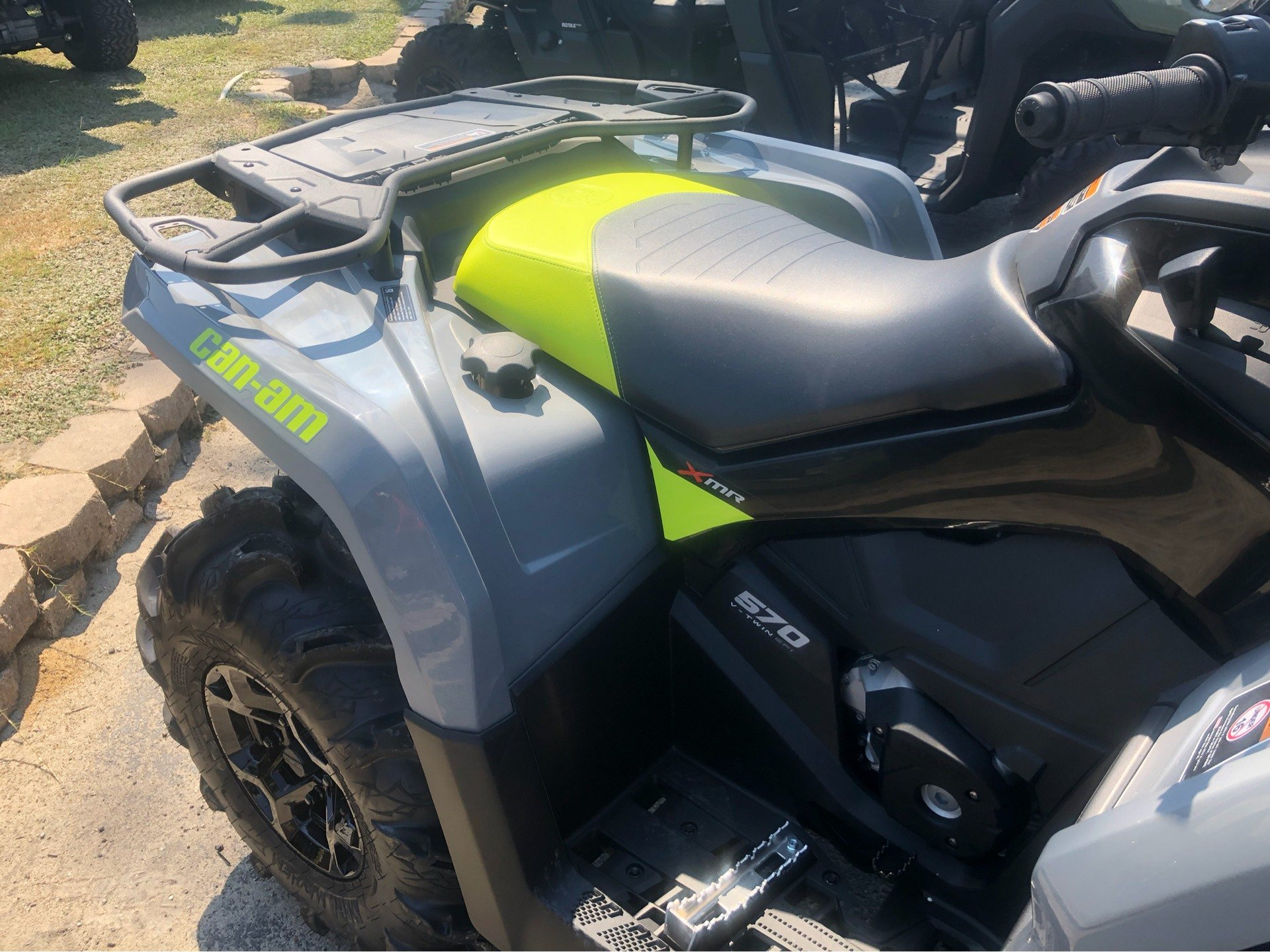 2020 Can-Am Outlander X MR 570 in Douglas, Georgia - Photo 5
