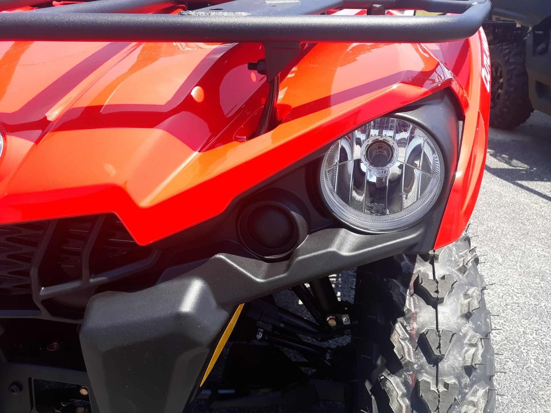 2019 Can-Am Outlander 570 in Douglas, Georgia - Photo 5