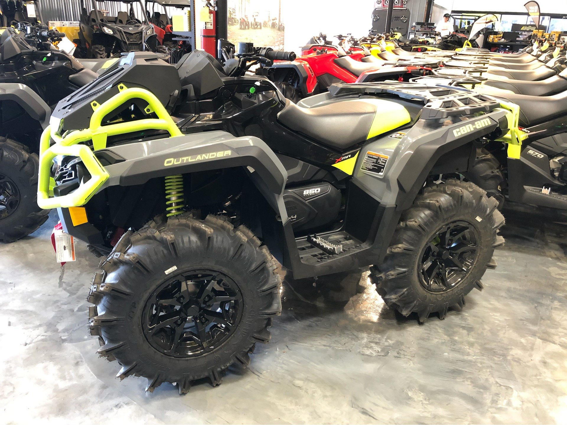 2020 Can-Am Outlander X MR 850 in Douglas, Georgia - Photo 1