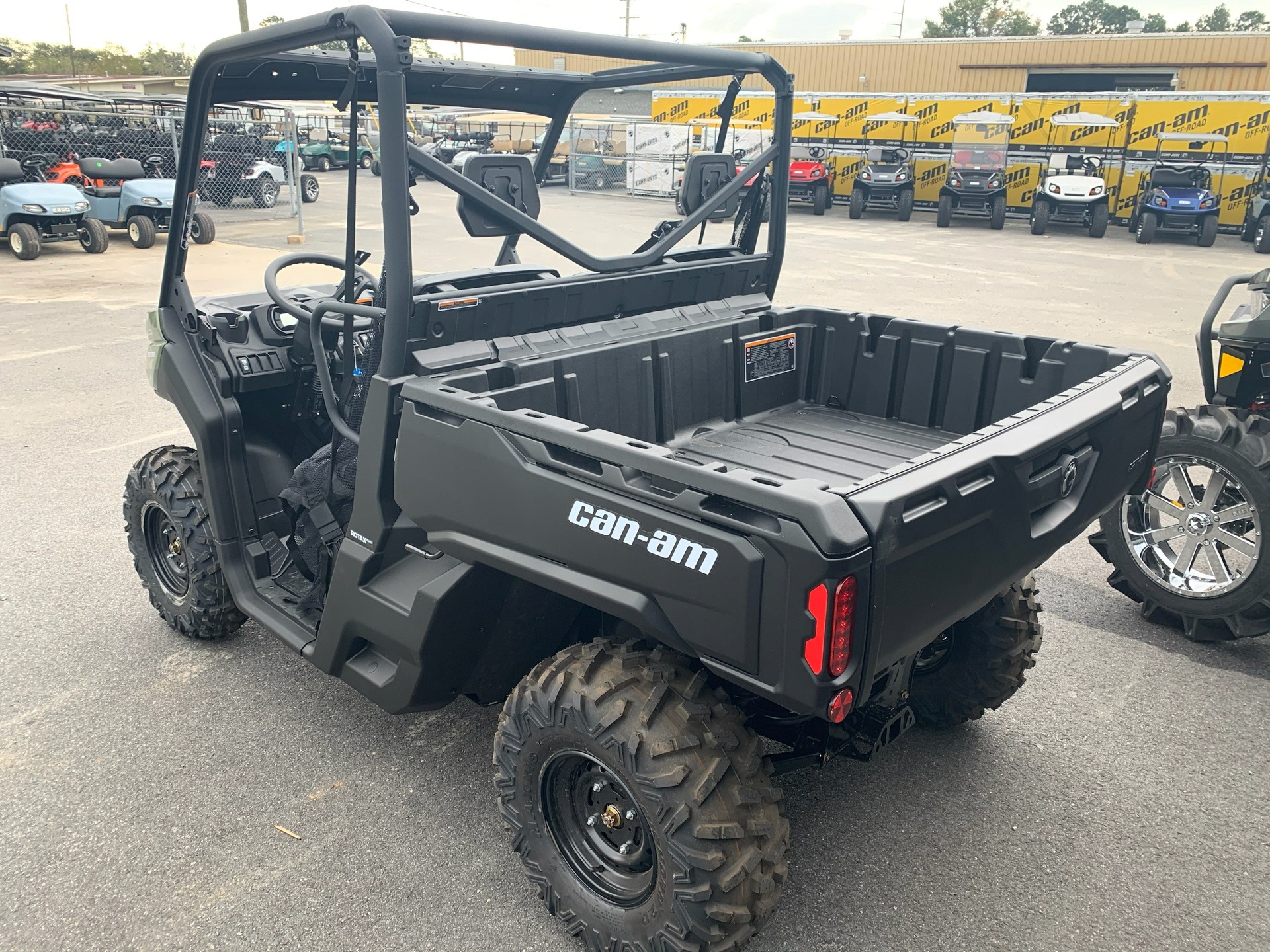 2020 Can-Am Defender HD8 in Douglas, Georgia - Photo 5