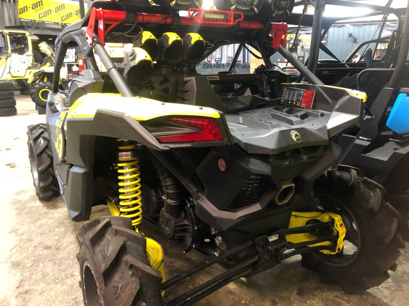2019 Can-Am Maverick X3 X MR Turbo in Douglas, Georgia - Photo 10