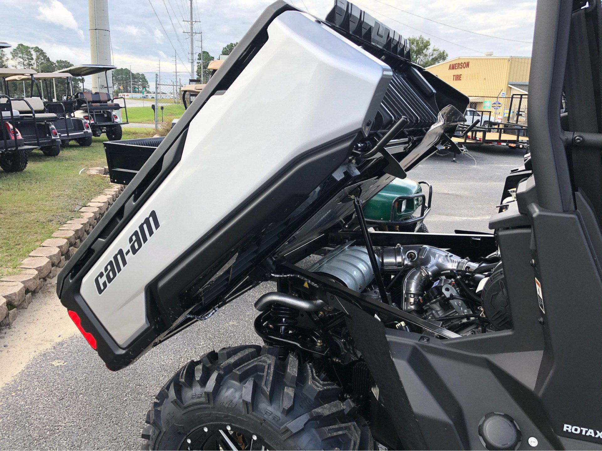 2020 Can-Am Defender MAX XT HD8 in Douglas, Georgia - Photo 14