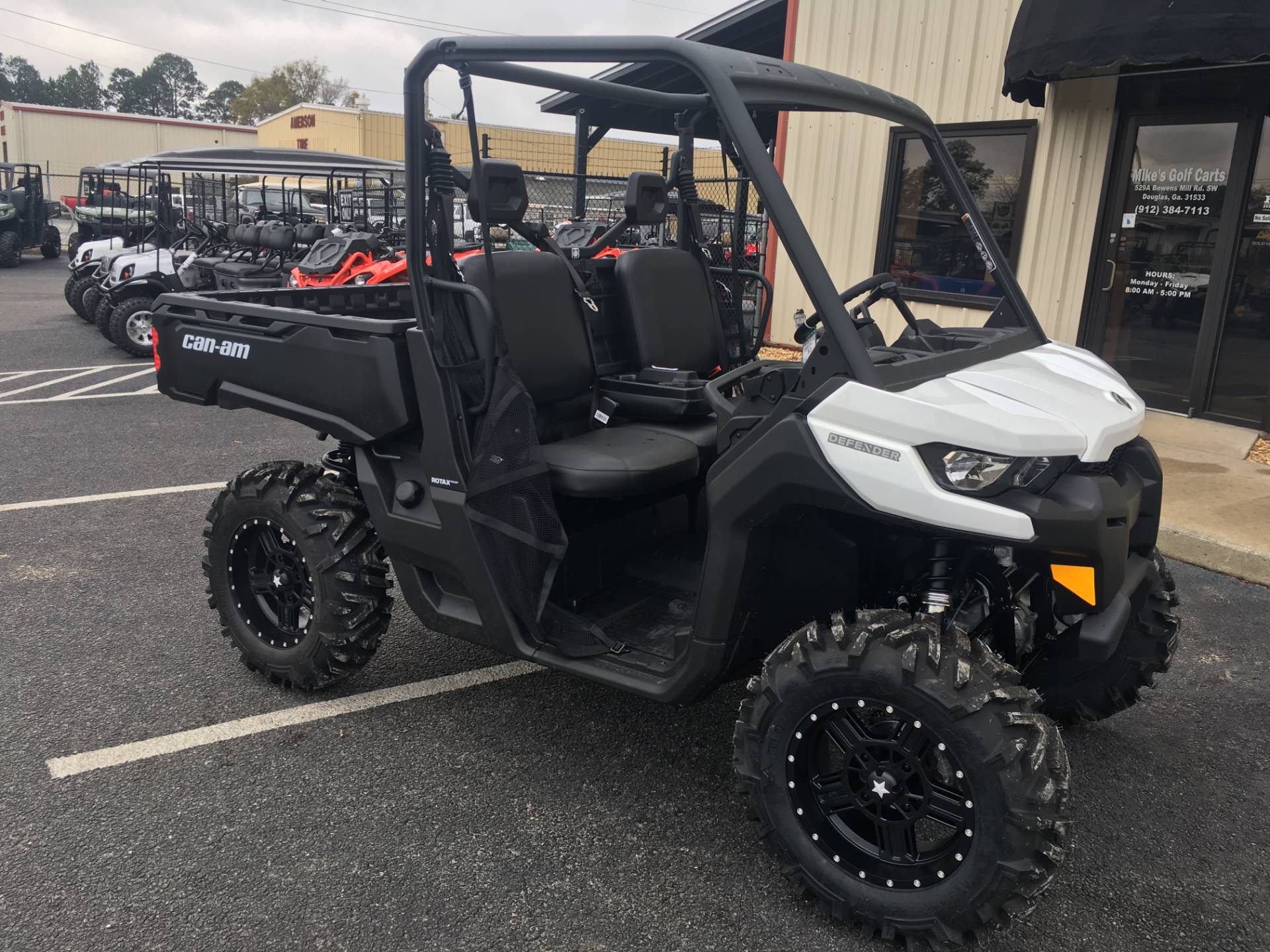 2018 Can-Am Defender HD8 Convenience Package in Douglas, Georgia