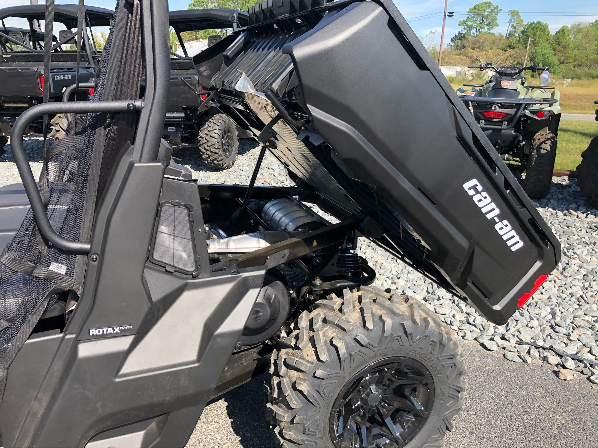 2020 Can-Am Defender MAX DPS HD8 in Douglas, Georgia - Photo 11