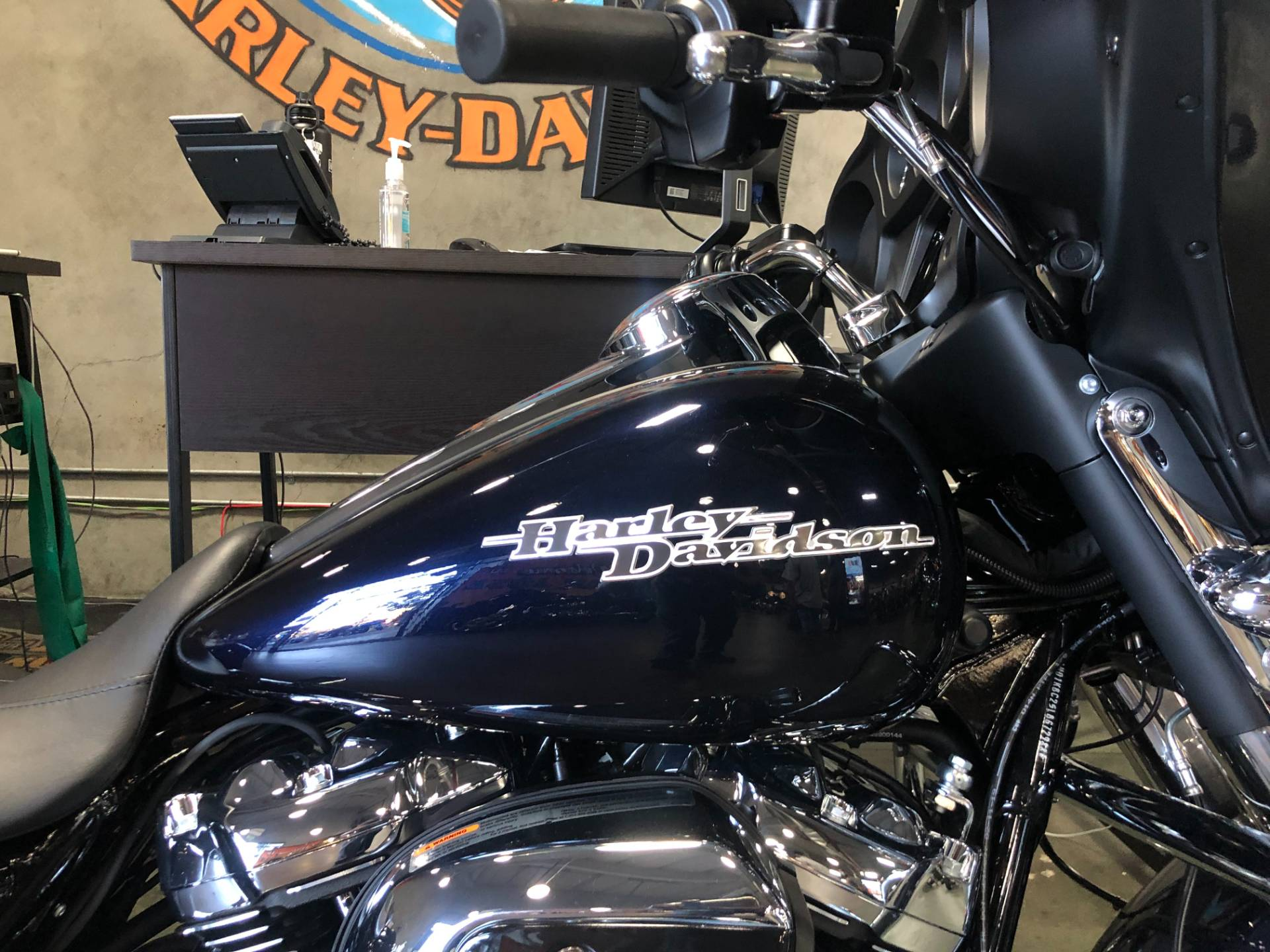 2020 Harley-Davidson Street Glide® in San Jose, California - Photo 2