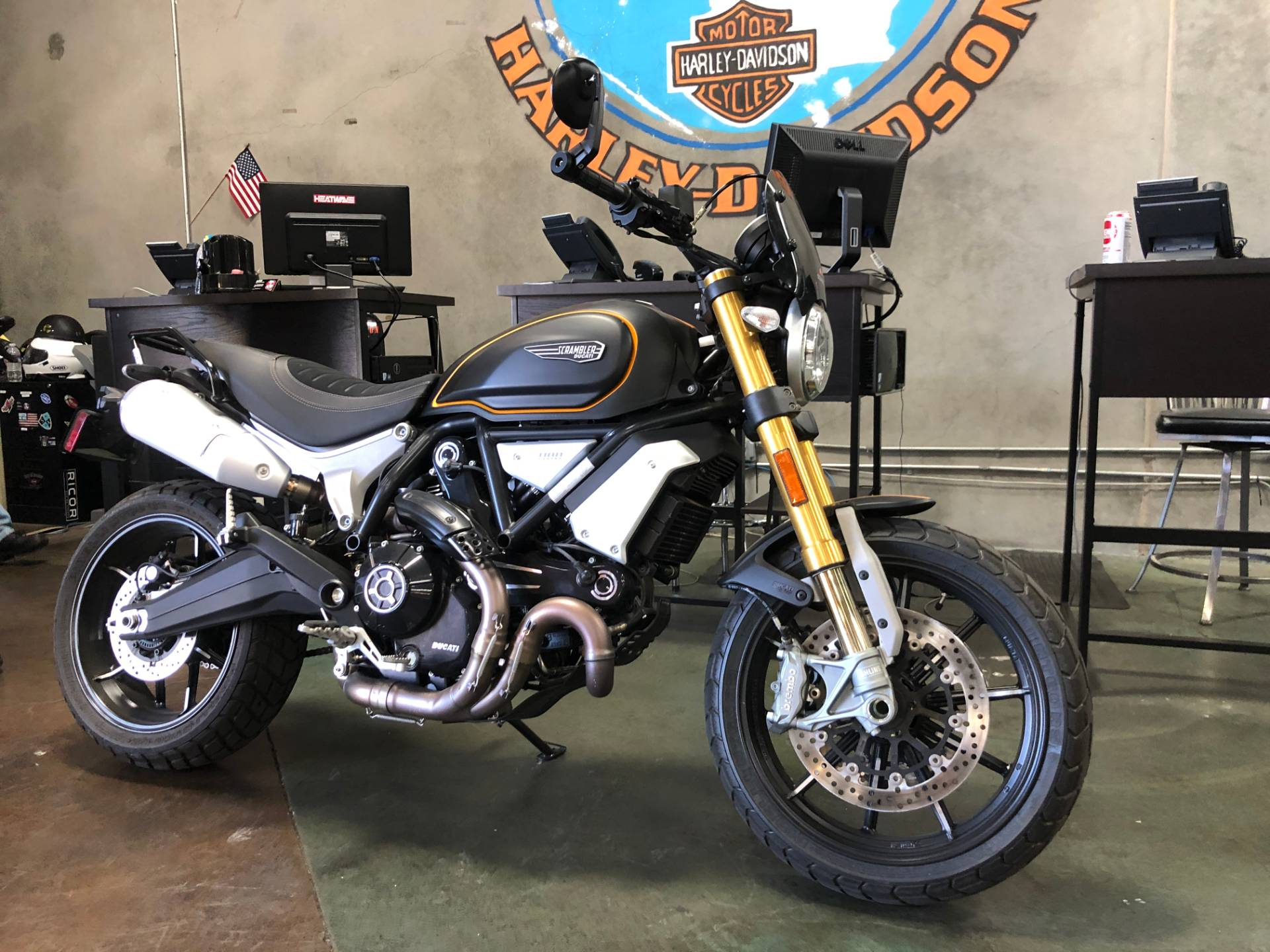 2018 Ducati Scrambler 1100 Sport in San Jose, California - Photo 4