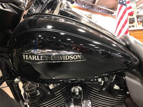 2020 Harley-Davidson Ultra Limited in San Jose, California - Photo 8