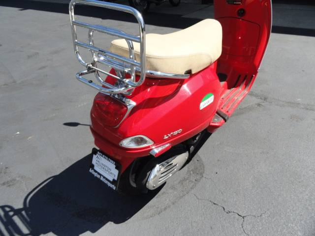 2006 Vespa LX 150 in Arlington Heights, Illinois