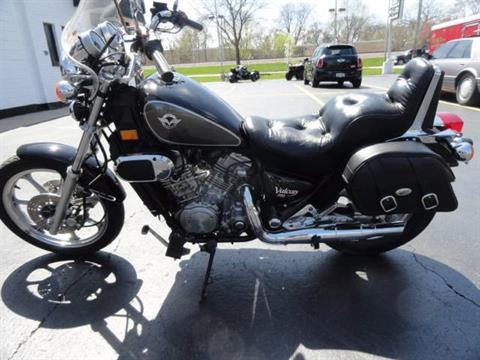 2001 Kawasaki Vulcan 750 in Arlington Heights, Illinois