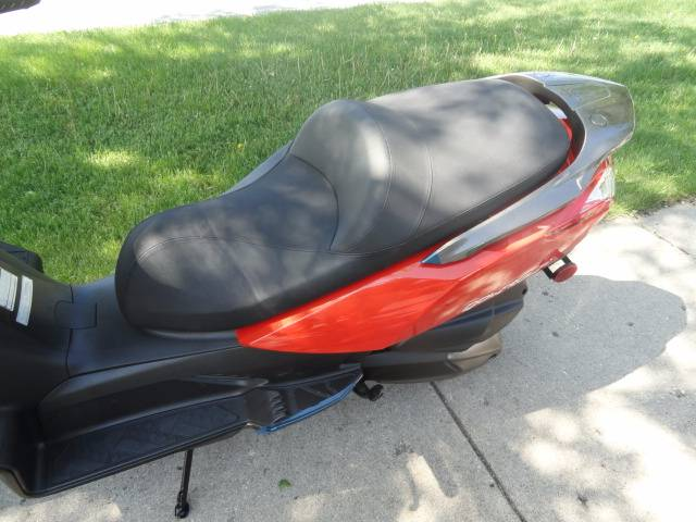 2015 Kymco Downtown 300i in Arlington Heights, Illinois