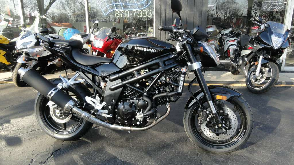 2013 Hyosung GT650R in Arlington Heights, Illinois