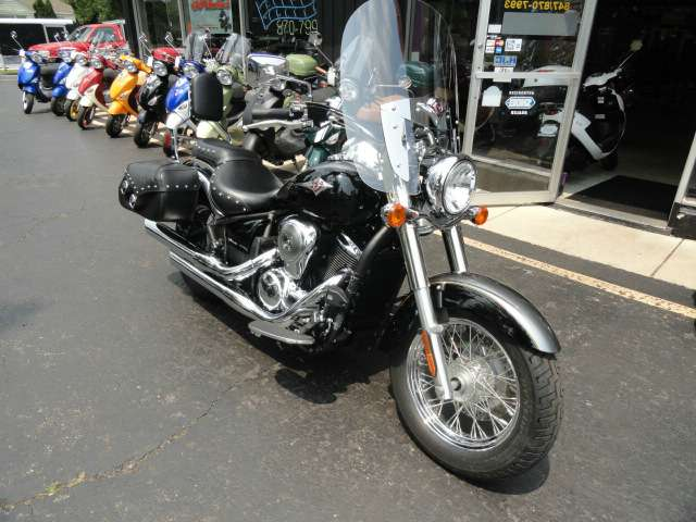2012 Kawasaki Vulcan® 900 Classic in Arlington Heights, Illinois