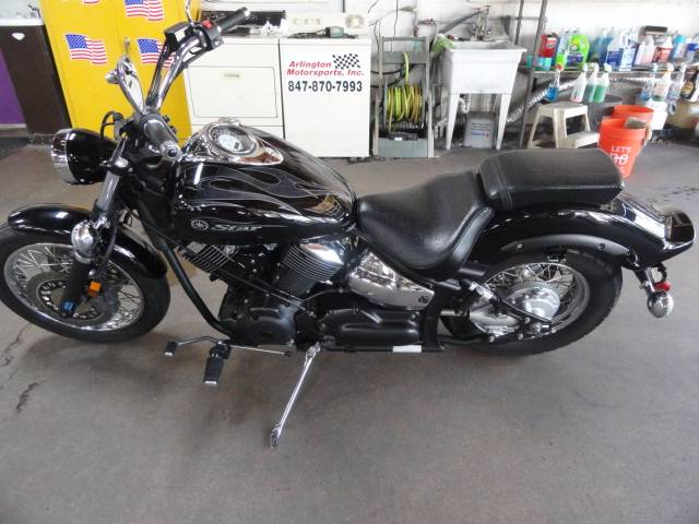 2008 Yamaha V Star 1100 in Arlington Heights, Illinois