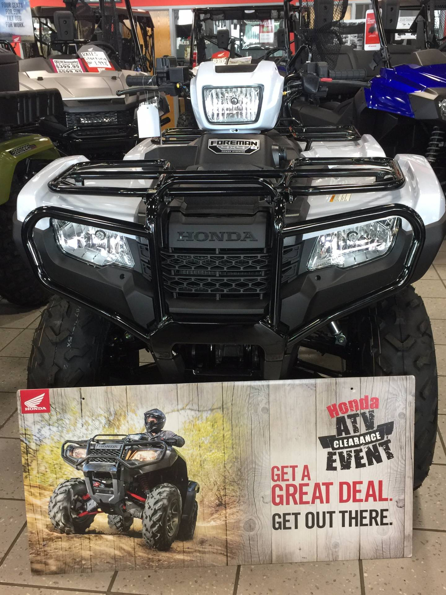 2017 Honda FourTrax Foreman 4x4 ES EPS in Troy, Ohio