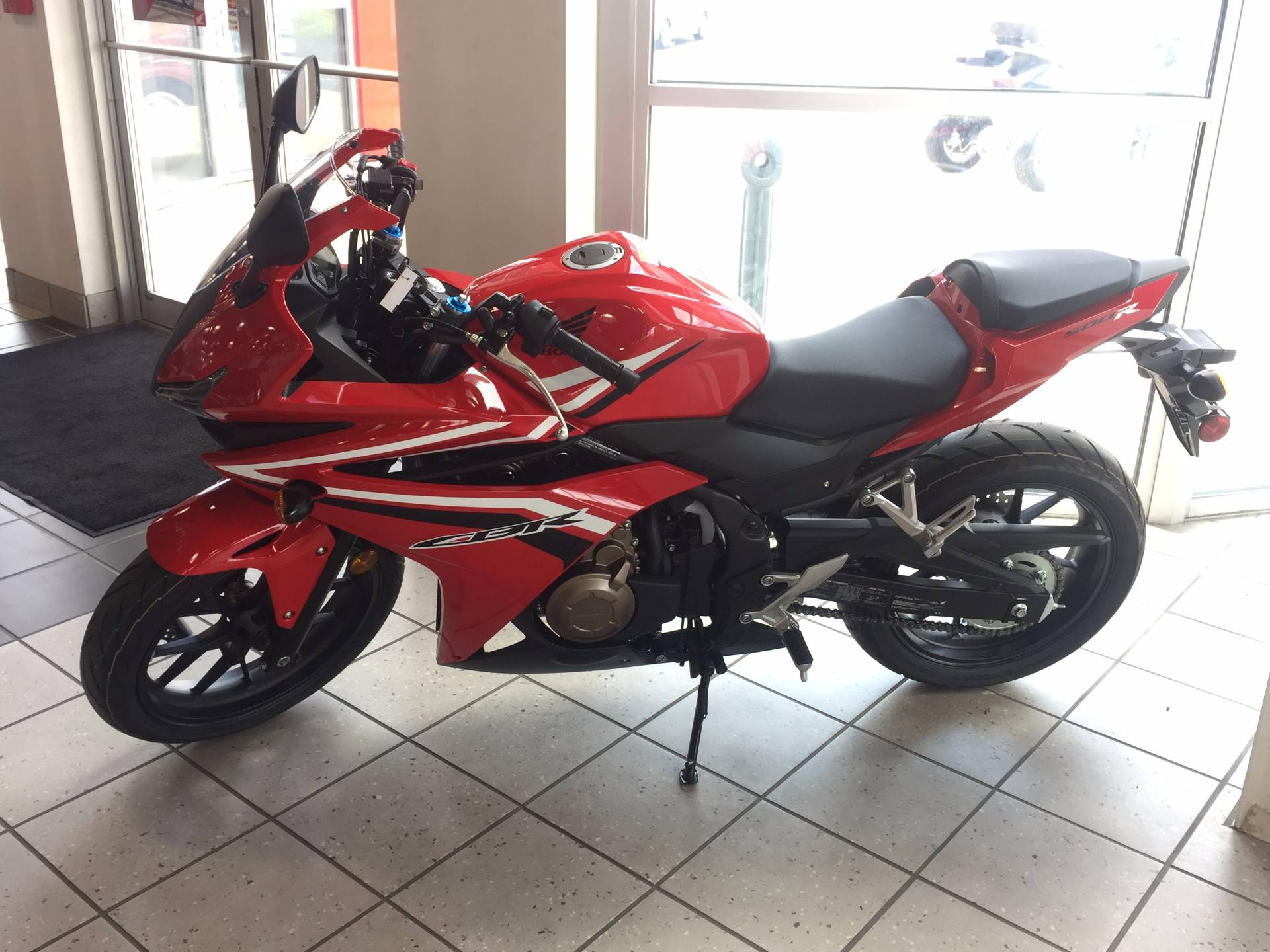 New 2017 honda cbr500r motorcycles in troy oh for Troy honda dealership
