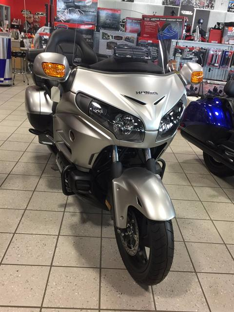 2016 Honda GL18HPM in Troy, Ohio