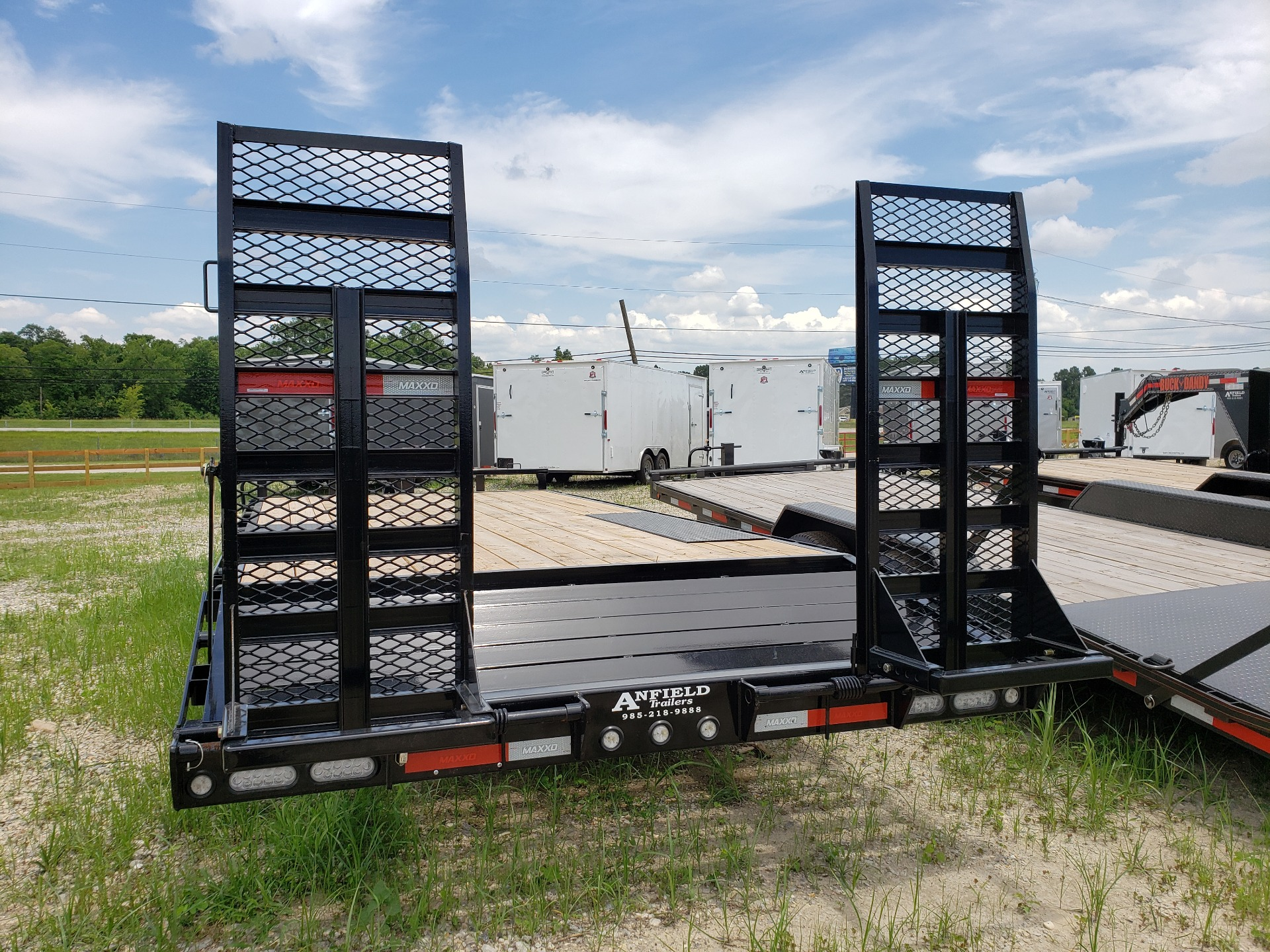 "2019 MaxxD Trailers 20' X 102"" - 14K I-Beam Deckover in Pearl River, Louisiana - Photo 3"