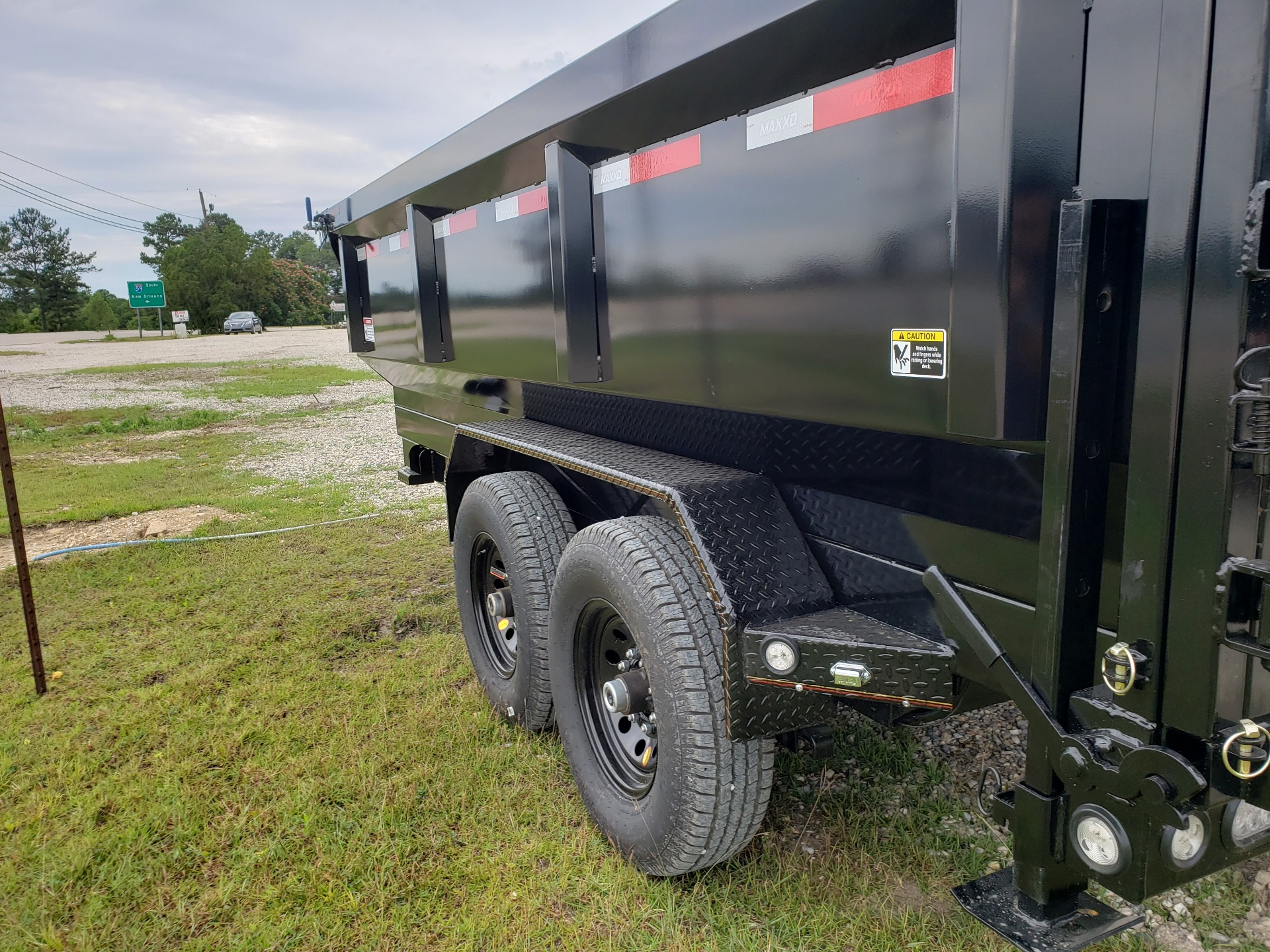 "2019 MaxxD Trailers 14' X 83"" - MAXXD 83"" HD DUMP in Pearl River, Louisiana - Photo 3"