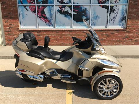 2017 Can-Am Spyder RT Limited in Omaha, Nebraska