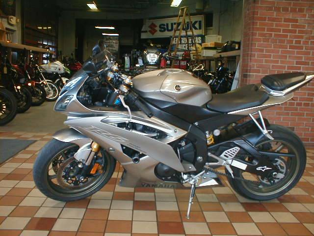 2008 Yamaha YZFR6XS in Spencerport, New York - Photo 2