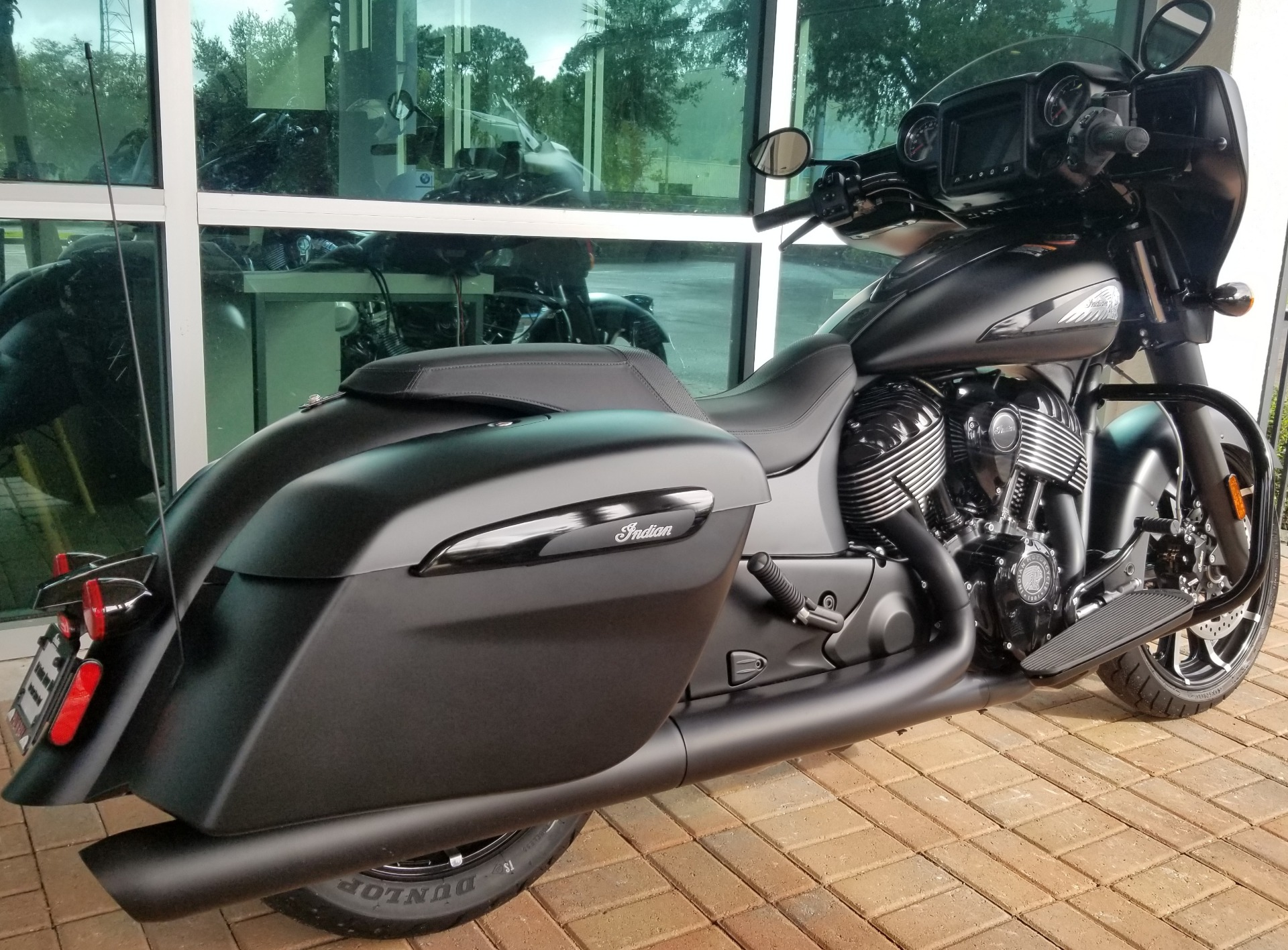 2020 Indian Chieftain® Dark Horse® in Palm Bay, Florida - Photo 6