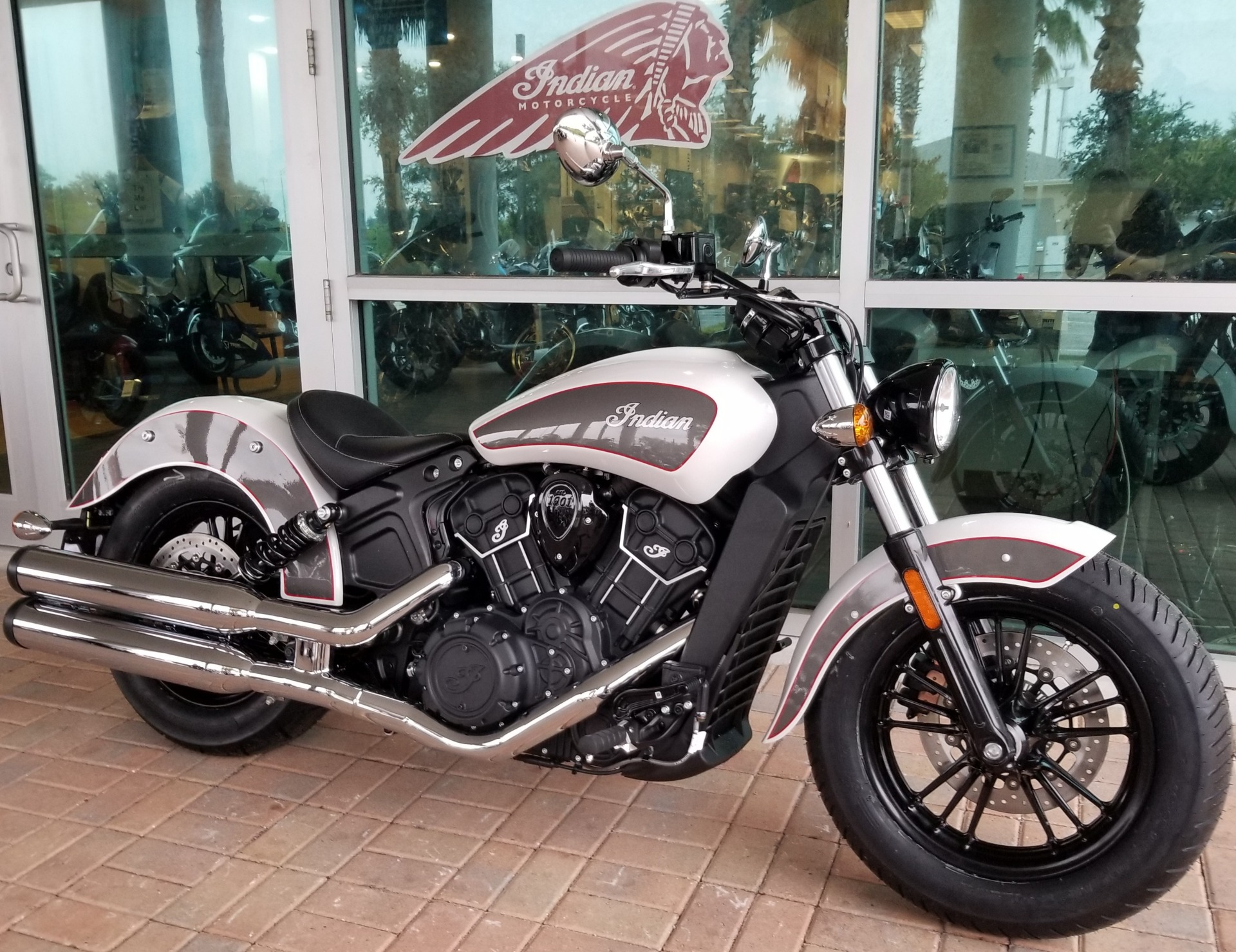 2020 Indian Scout® Sixty ABS in Palm Bay, Florida - Photo 2