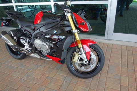 2019 BMW S 1000 R in Palm Bay, Florida - Photo 2