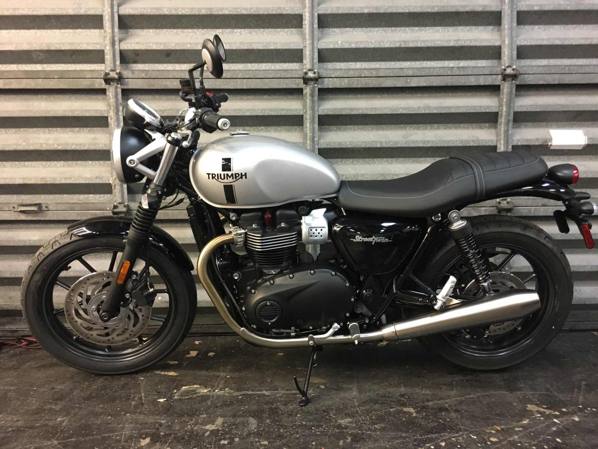 2018 Triumph Street Twin in Miami, Florida