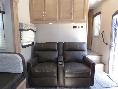 2020 Winnebago MP29RBH in Wolfforth, Texas - Photo 2