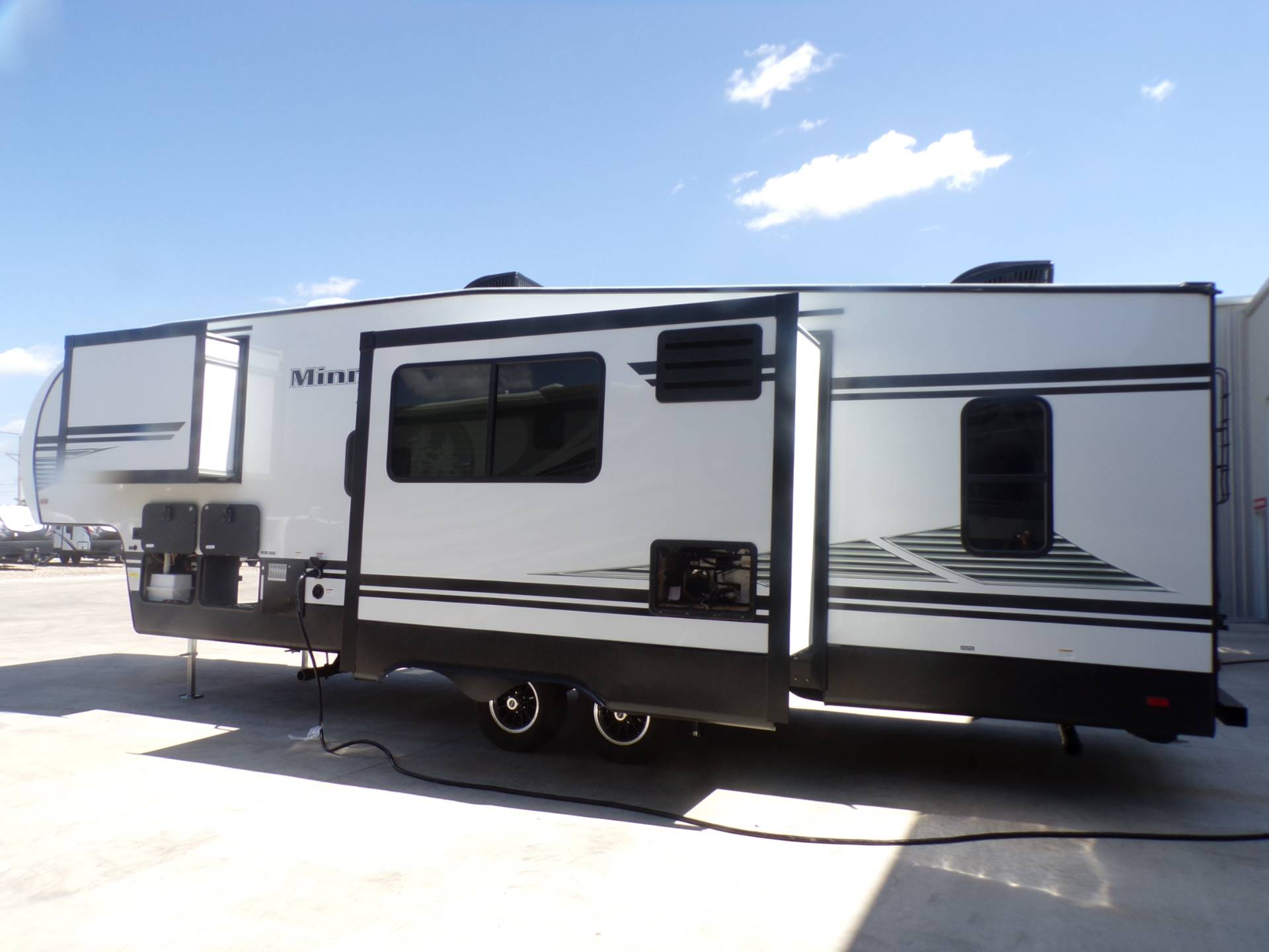 2020 Winnebago MP29RBH in Wolfforth, Texas - Photo 15