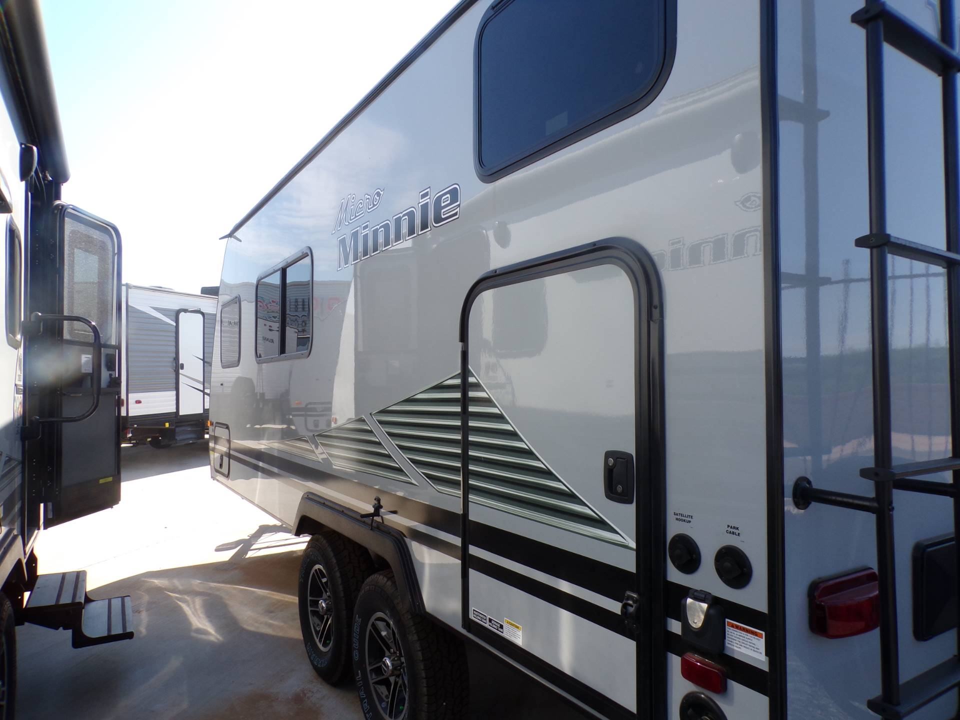 2020 Winnebago MM1800BH in Wolfforth, Texas - Photo 1