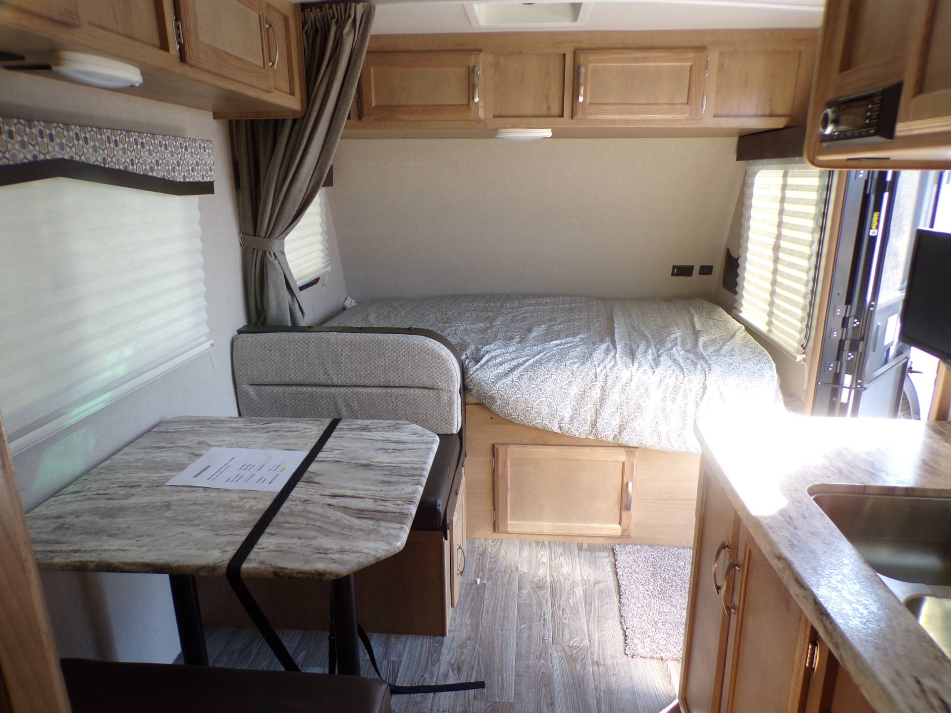 2020 Winnebago MM1800BH in Wolfforth, Texas - Photo 9