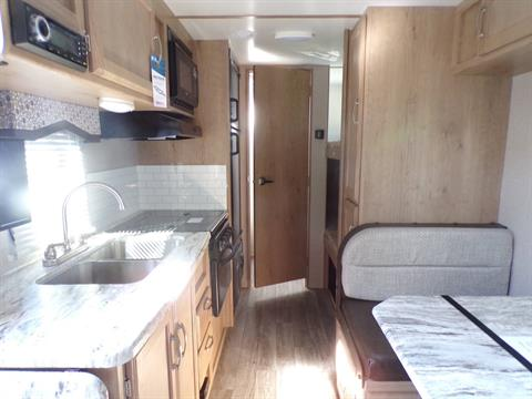 2020 Winnebago MM1800BH in Wolfforth, Texas - Photo 10