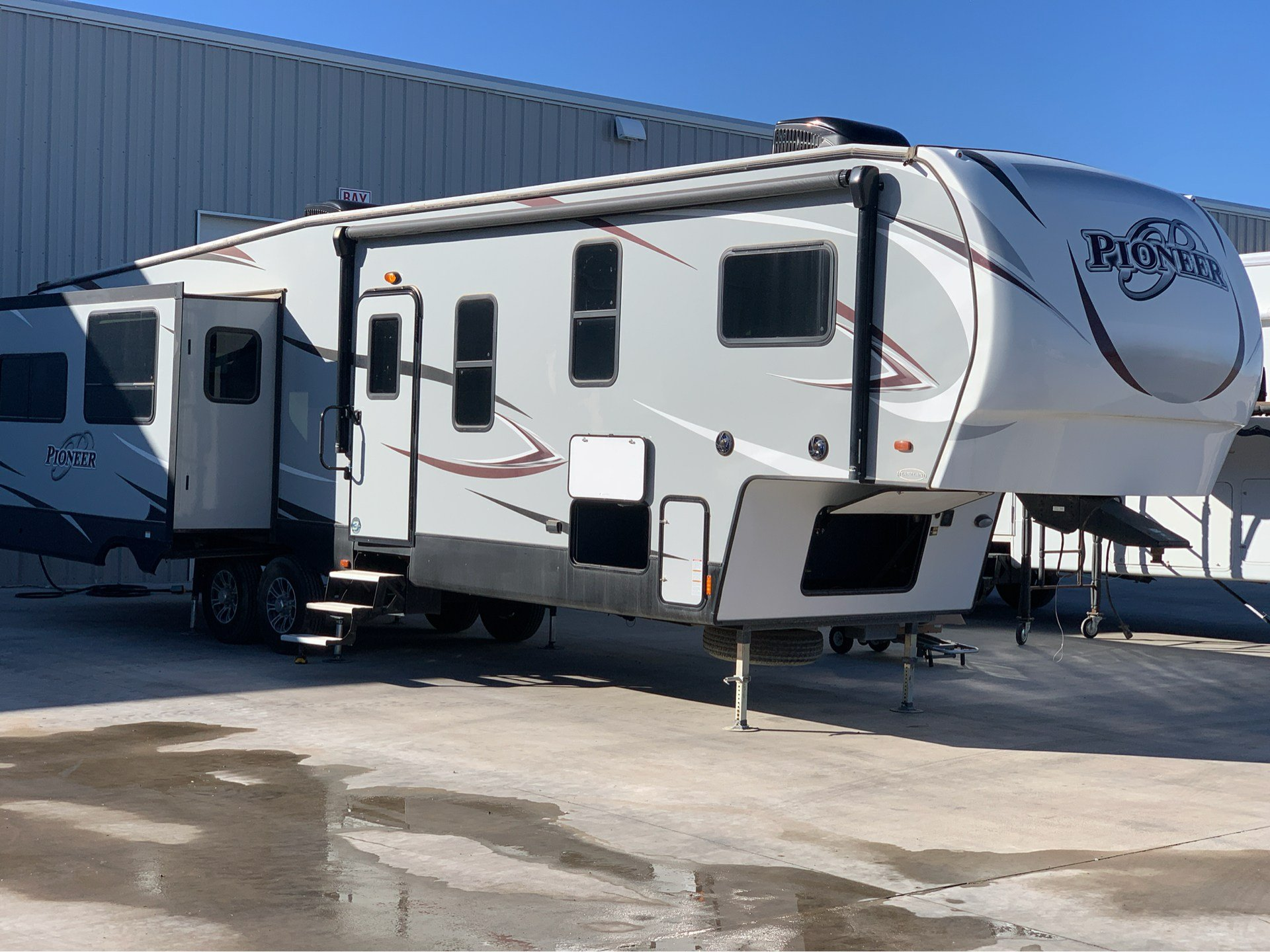 2018 Pioneer 355 in Wolfforth, Texas - Photo 1