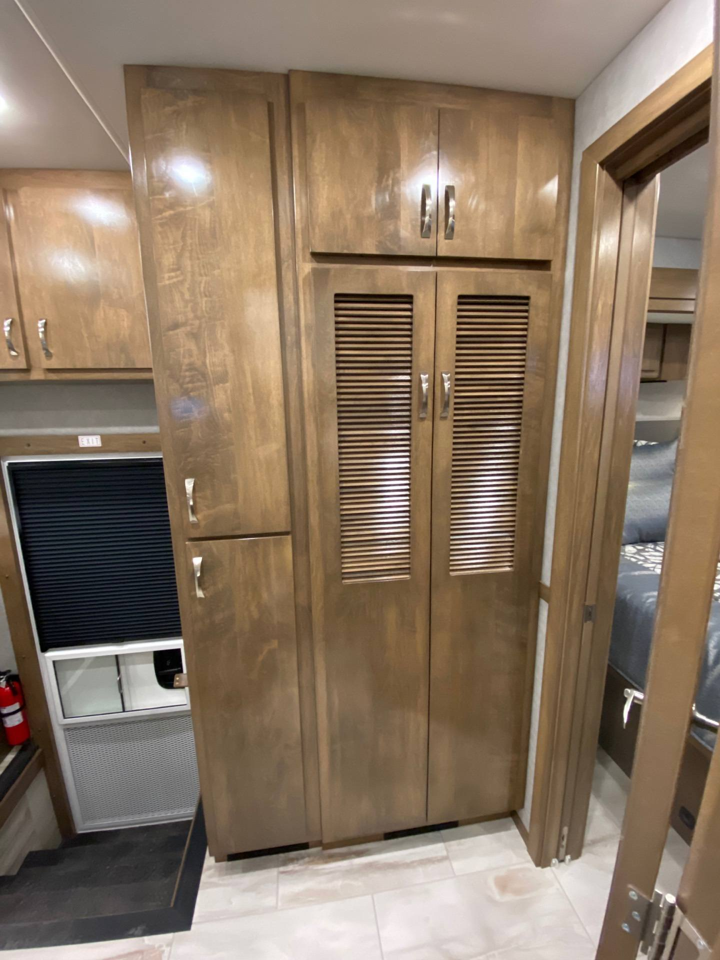 2020 Showhauler 35QQSSL in Wolfforth, Texas - Photo 27