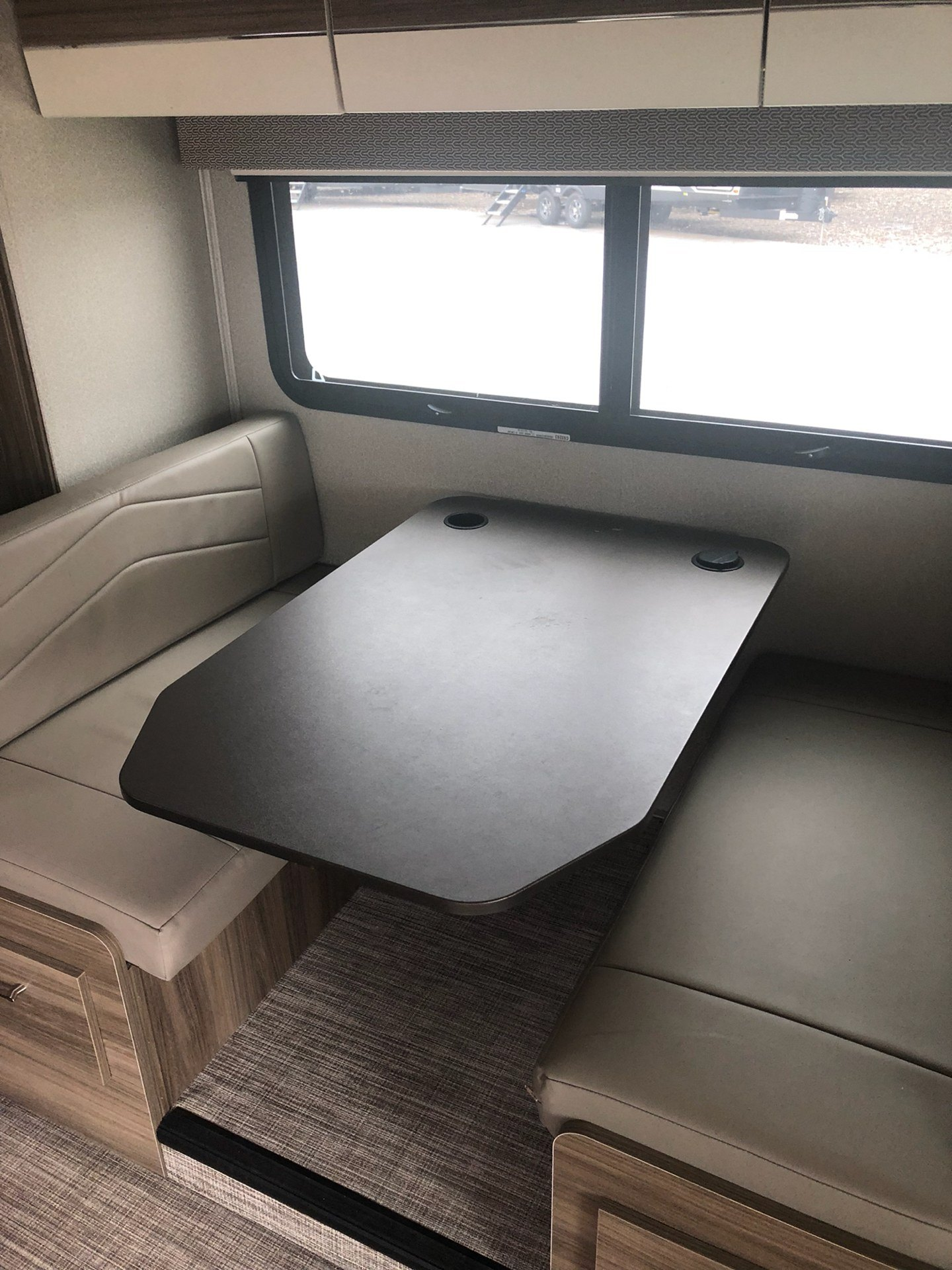 2019 Jayco Melbourne Prestige 24KP in Wolfforth, Texas - Photo 4