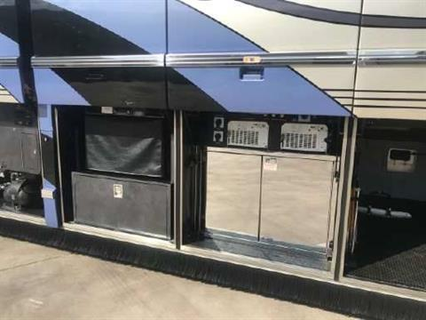 2007 Prevost Featherlite in Wolfforth, Texas - Photo 11