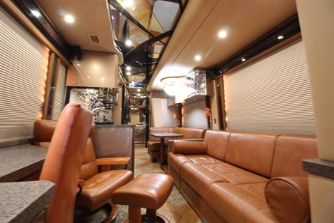 2007 Prevost Featherlite in Wolfforth, Texas - Photo 21